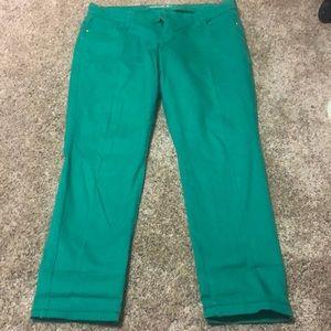 Kelly green old navy rockstar skinny jeans